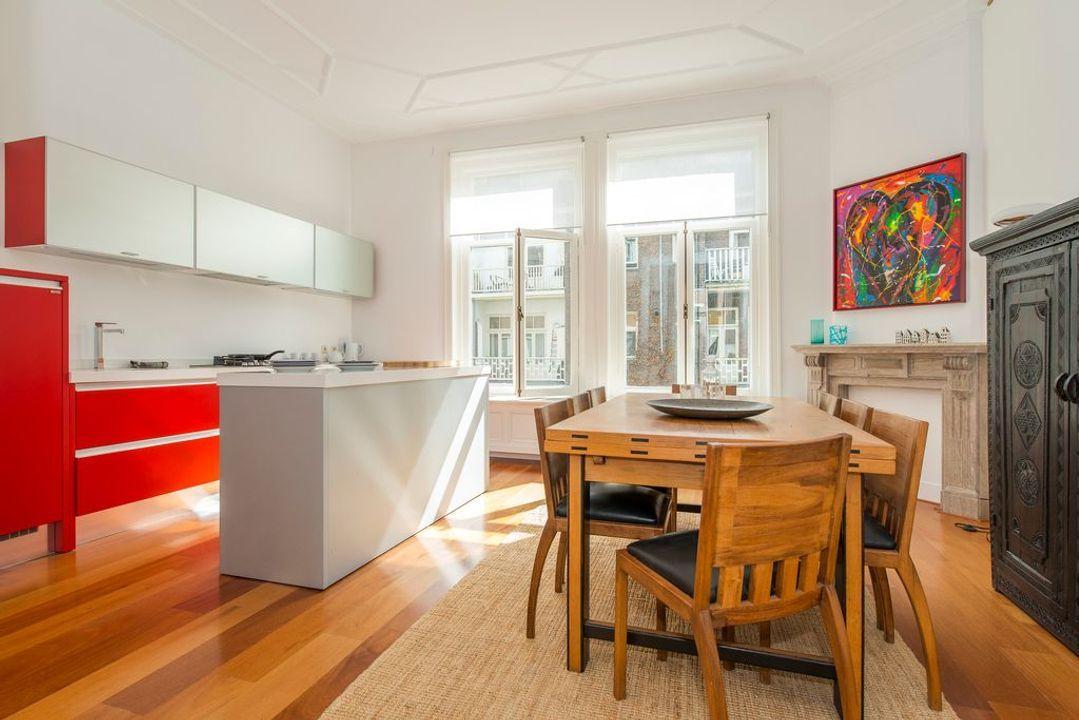 Nicolaas Maesstraat 105 -II, Upper floor apartment in Amsterdam foto-0