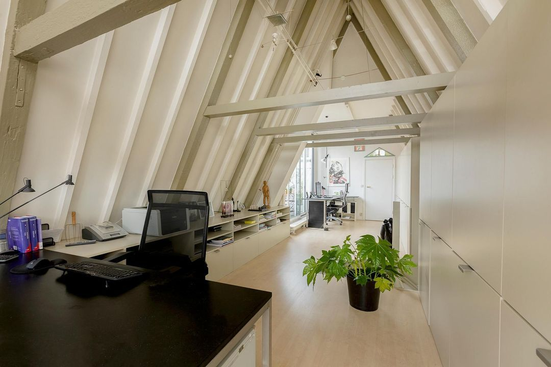 Nieuwe Leliestraat 81, Corner house in Amsterdam foto-19
