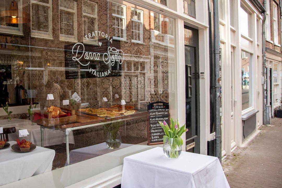 Nieuwe Leliestraat 81, Corner house in Amsterdam foto-25
