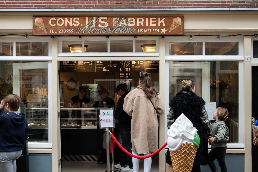 Nieuwe Leliestraat 81, Corner house in Amsterdam foto-27