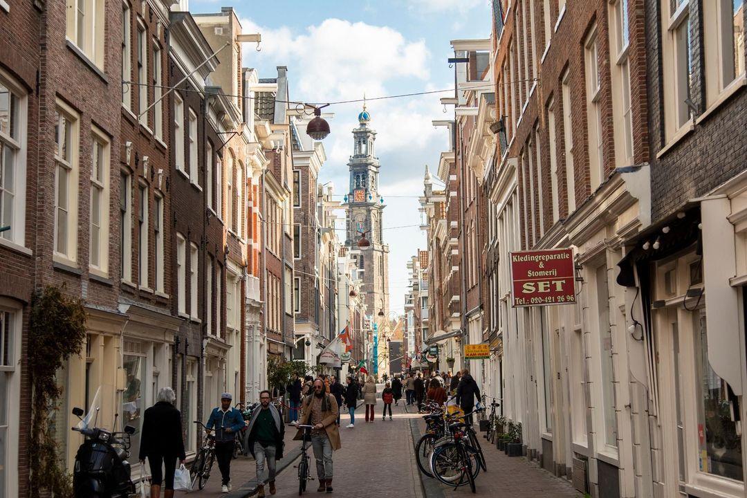Nieuwe Leliestraat 81, Corner house in Amsterdam foto-23