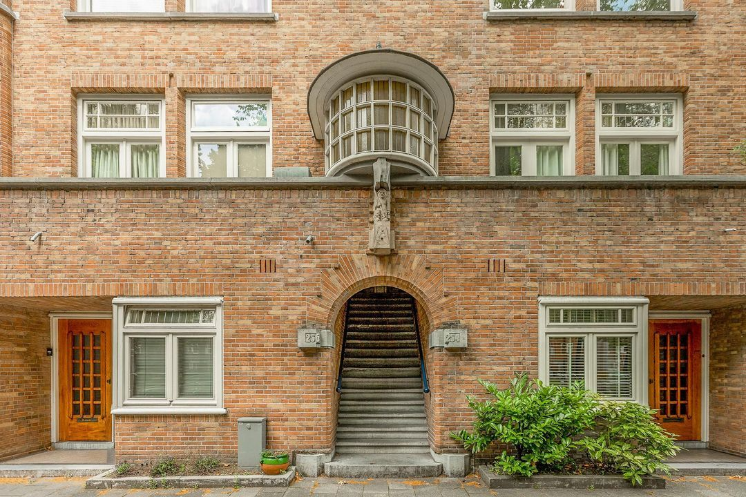 Churchill-laan 256 III, Upper floor apartment in Amsterdam foto-1