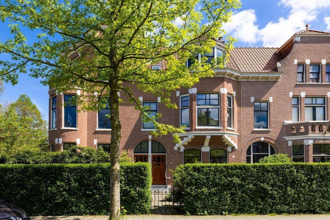 Rozenburglaan 82 A, Rotterdam