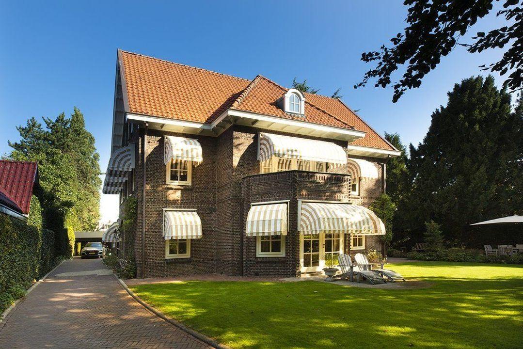 Marthalaan 25, Enschede