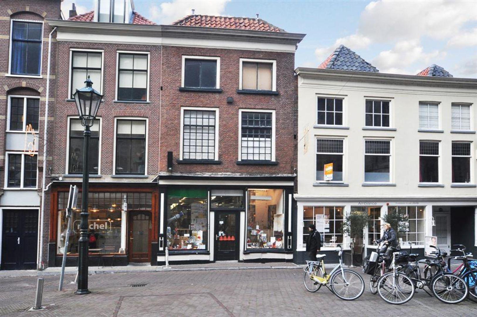 Oude Kerkstraat 4, Delft foto-0