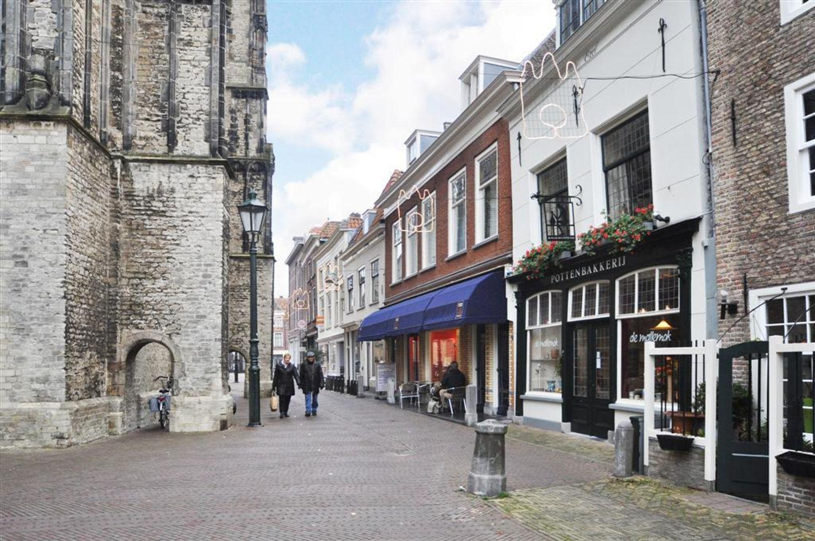 Oude Kerkstraat 4, Delft foto-3