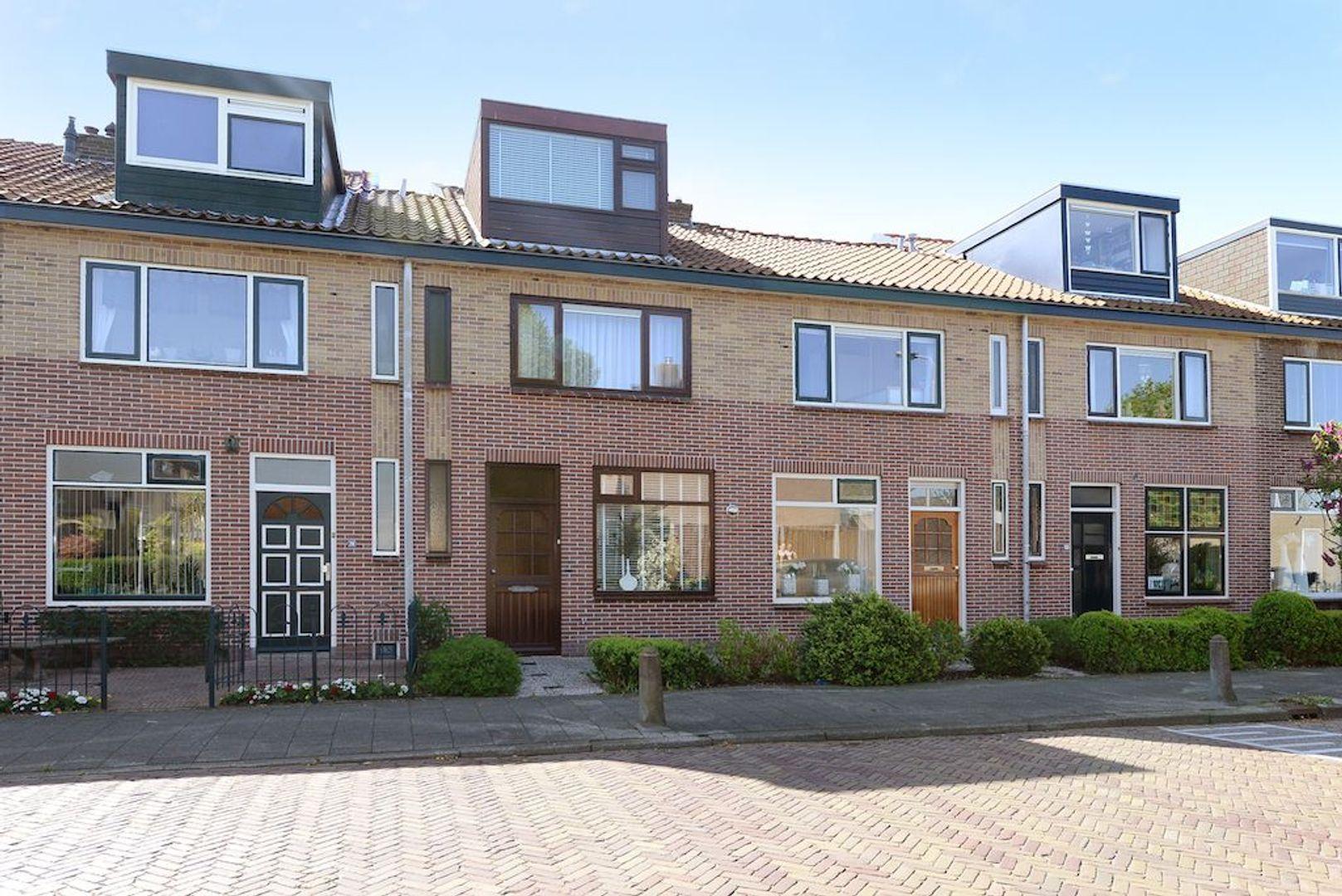 Schimmelpenninck van der Oyeweg 16, Delfgauw foto-0