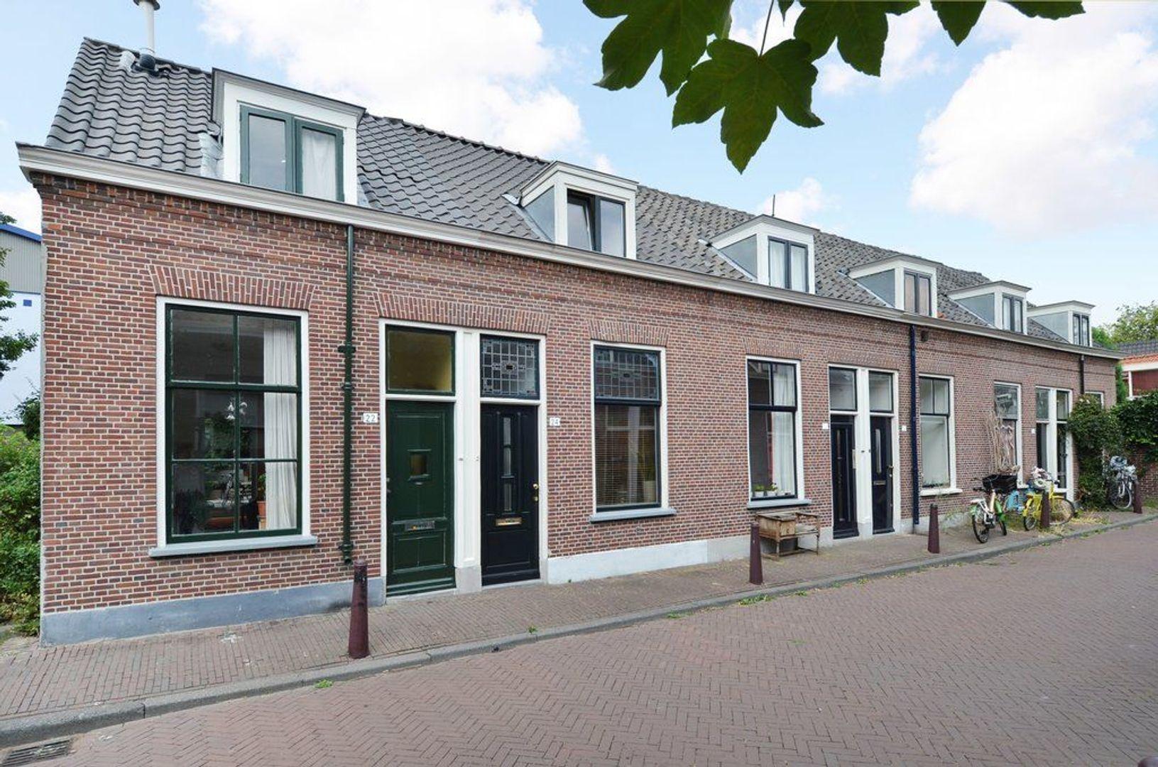 Minderbroerstraat 24, Delft foto-0
