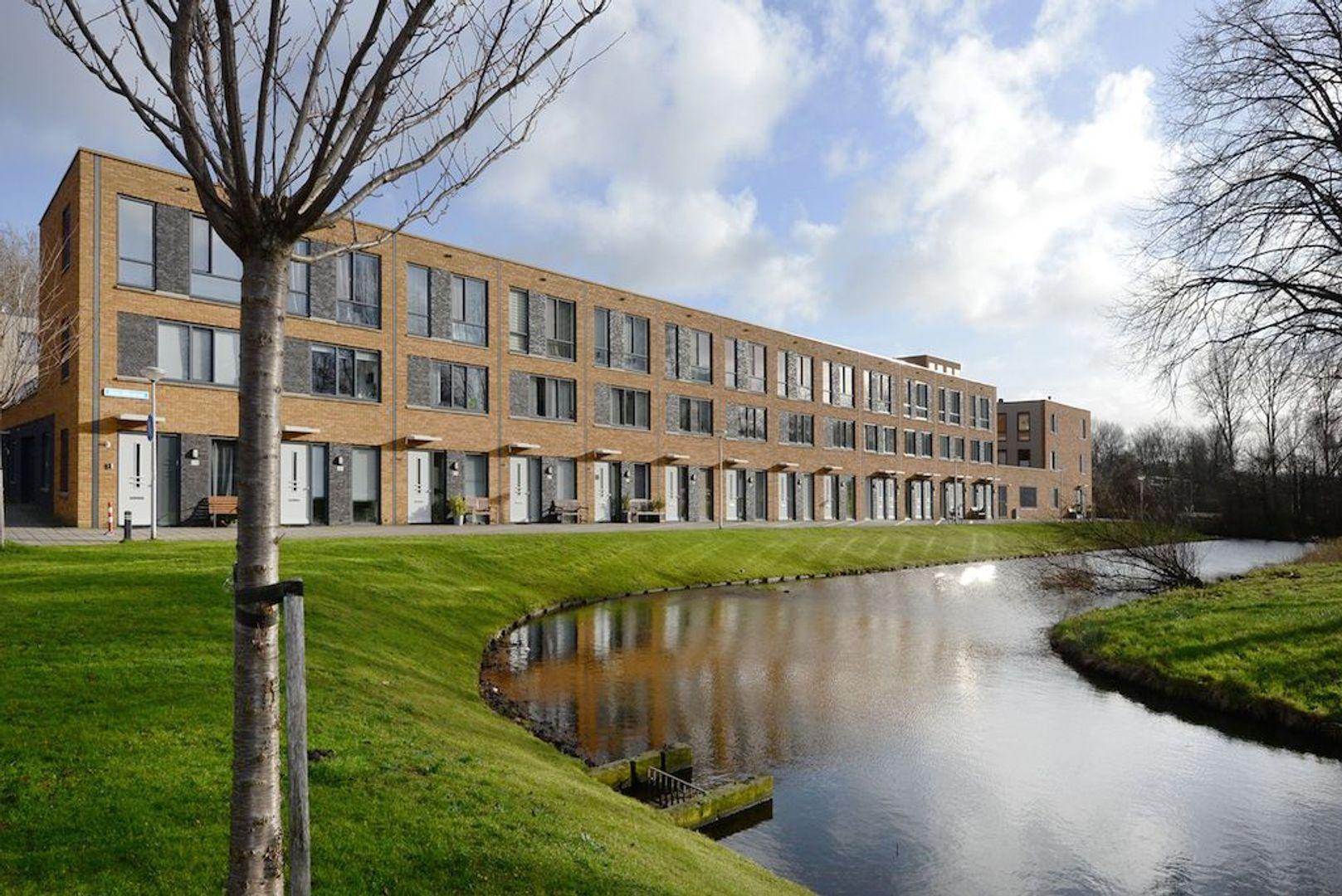 Glenn Millerstraat 82, Delft foto-0