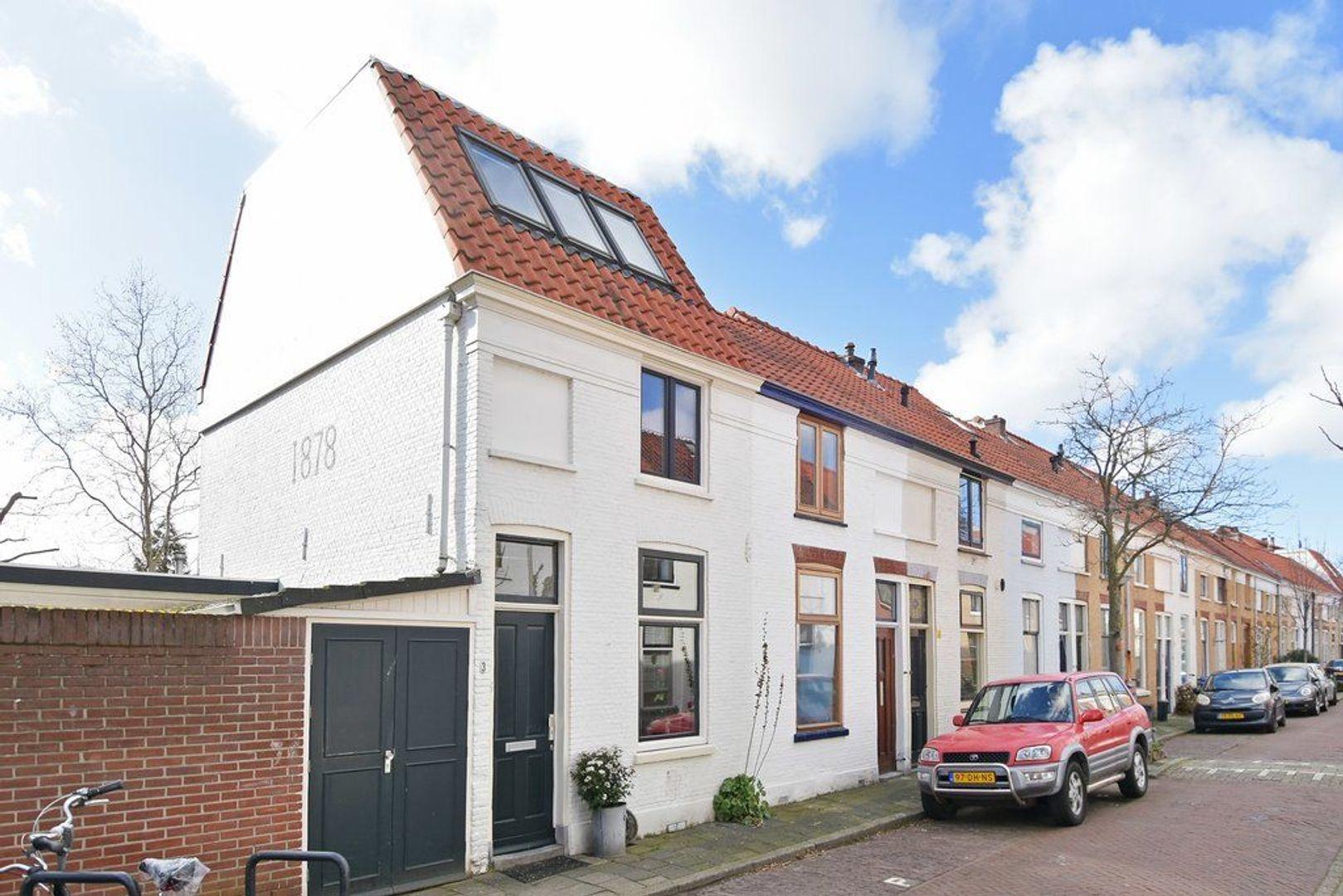 Hovenierstraat 3, Delft foto-0