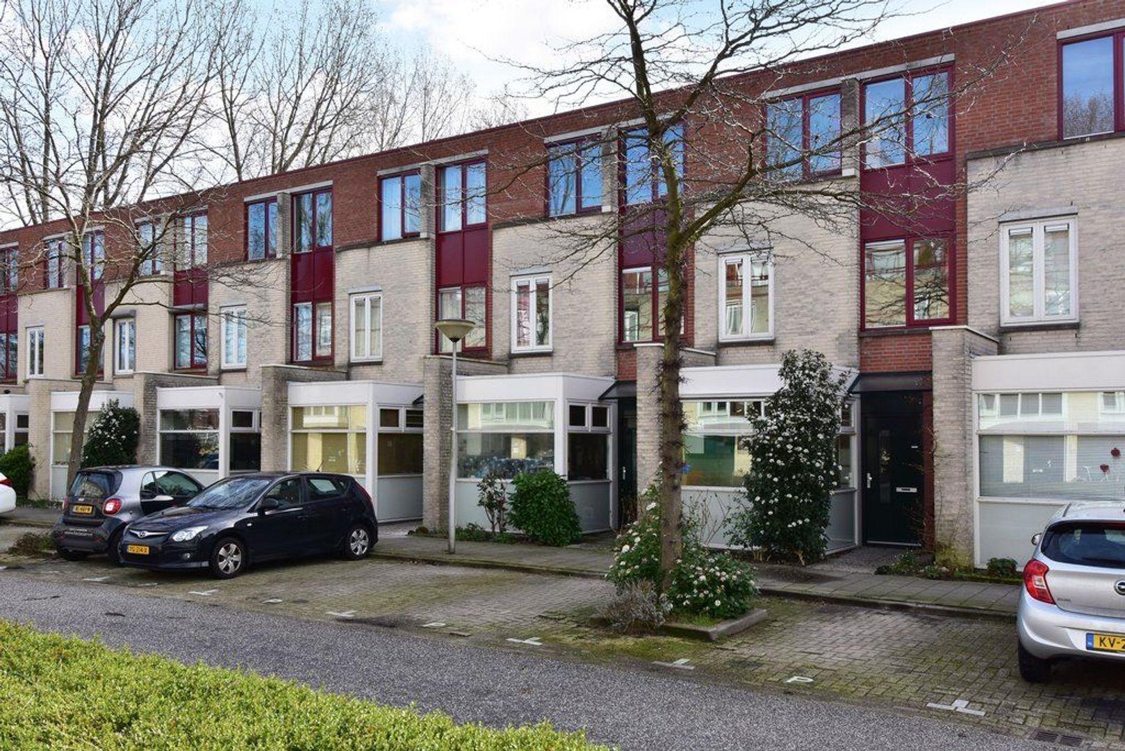 Waterloop 13, Delft foto-0