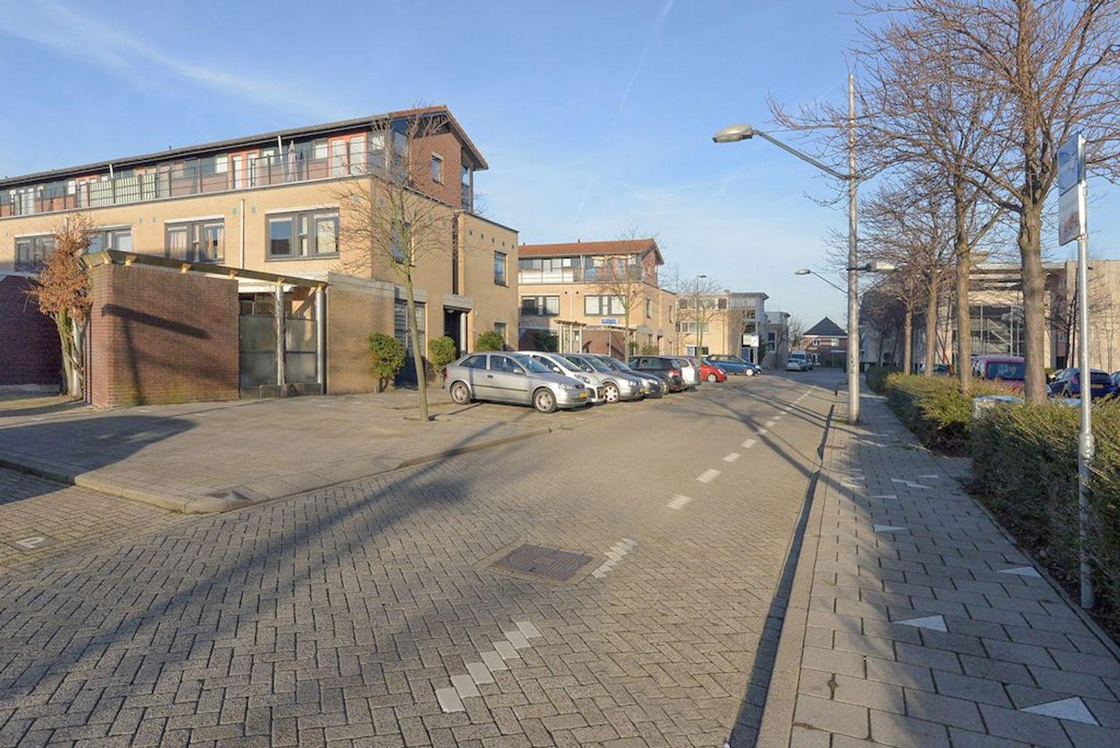 Hof van Zilverlicht 4, Delft foto-29