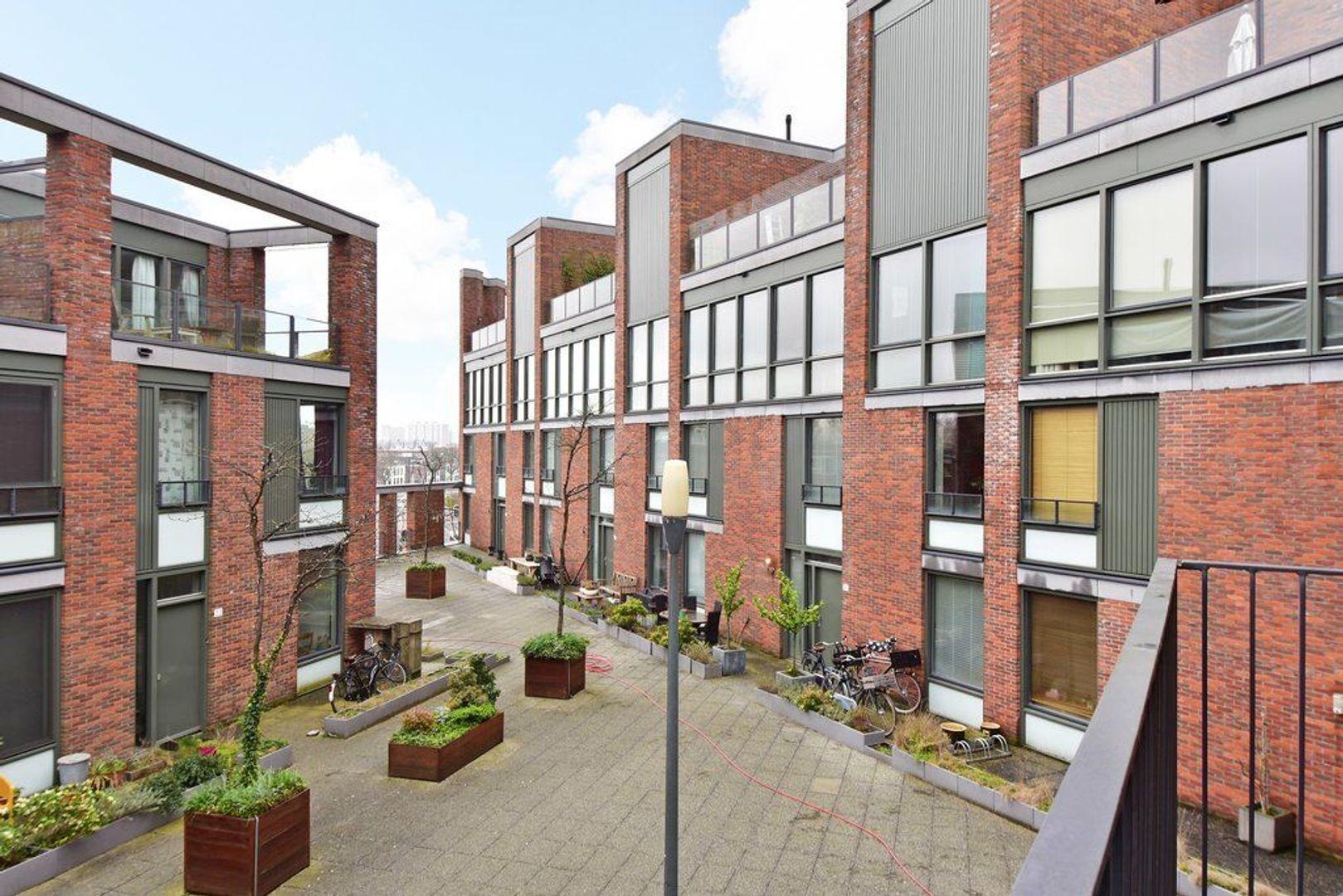 Zuidwal 30, Delft foto-1