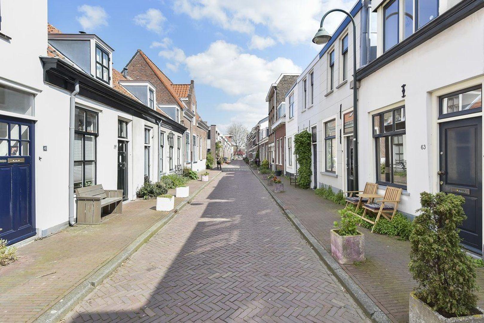 Doelenstraat 63, Delft foto-1