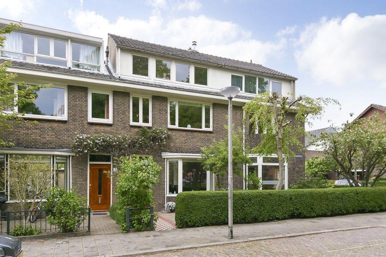 Madoerastraat 17, Delft foto-0