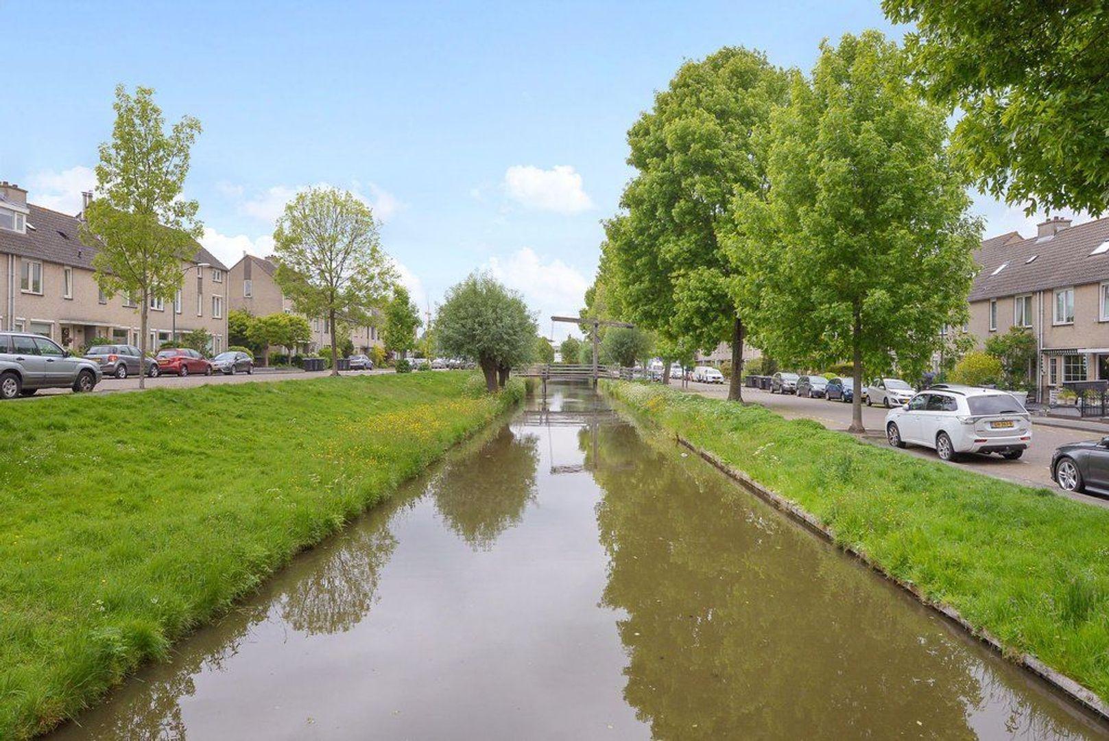 Zwaluwsingel 11, Rijswijk foto-1