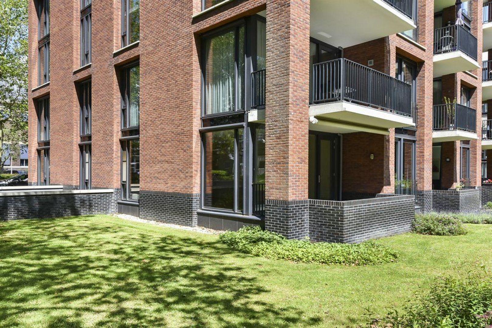 Zuidplantsoen 11, Delft foto-1