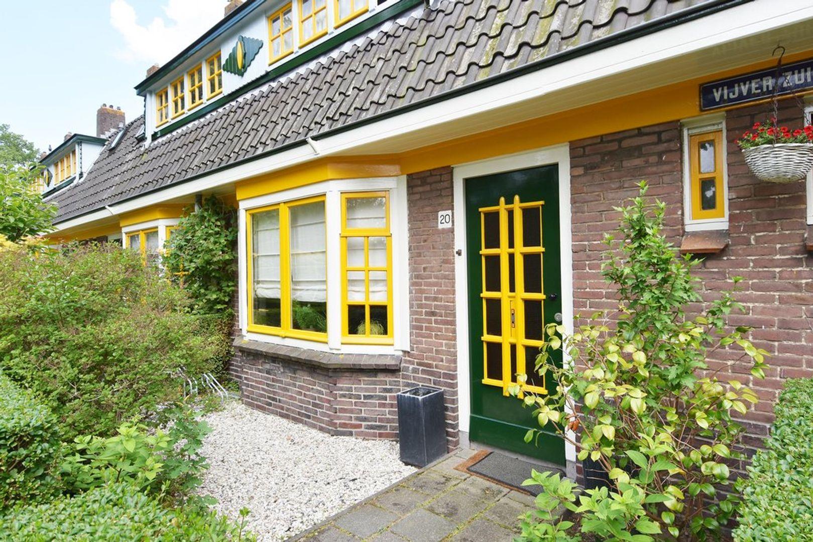 Vijver Zuid 20, Delft foto-1
