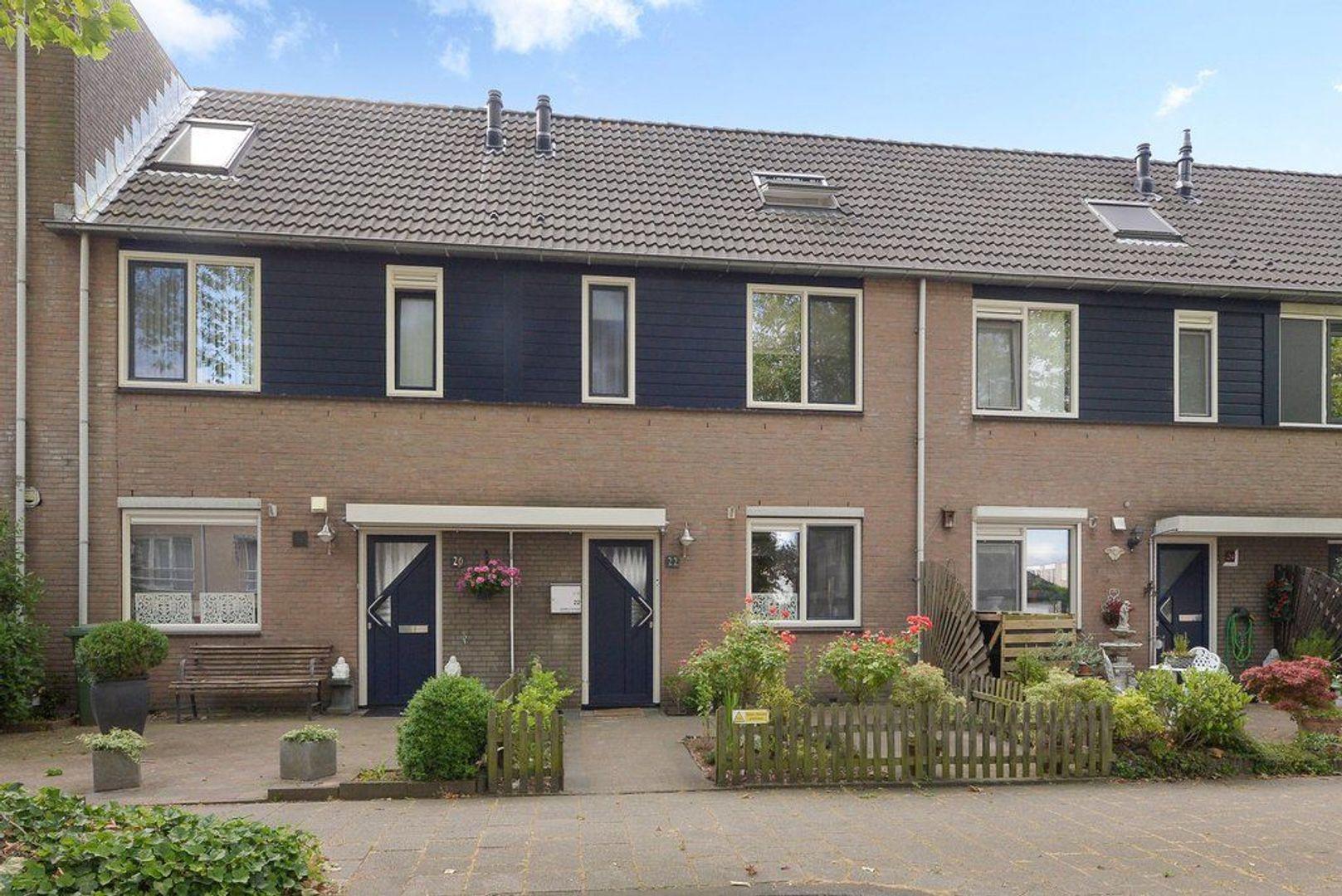 Groen-blauwlaan 22, Zoetermeer foto-0