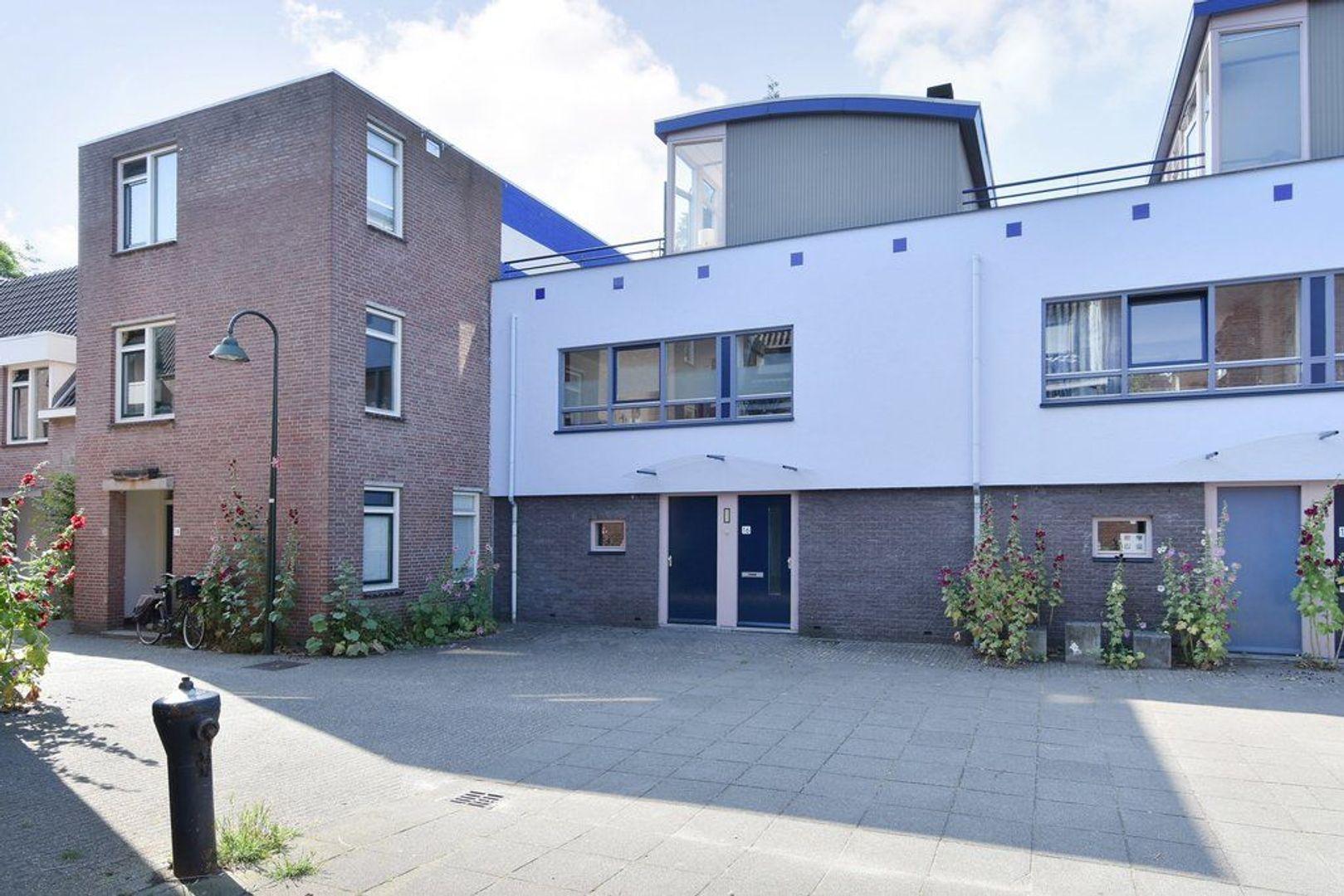 Minderbroerstraat 16, Delft foto-2