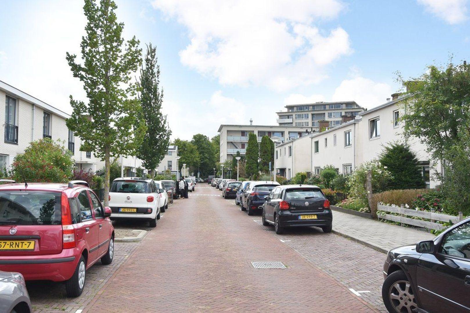 Goudenregenlaan 24, Delft foto-26