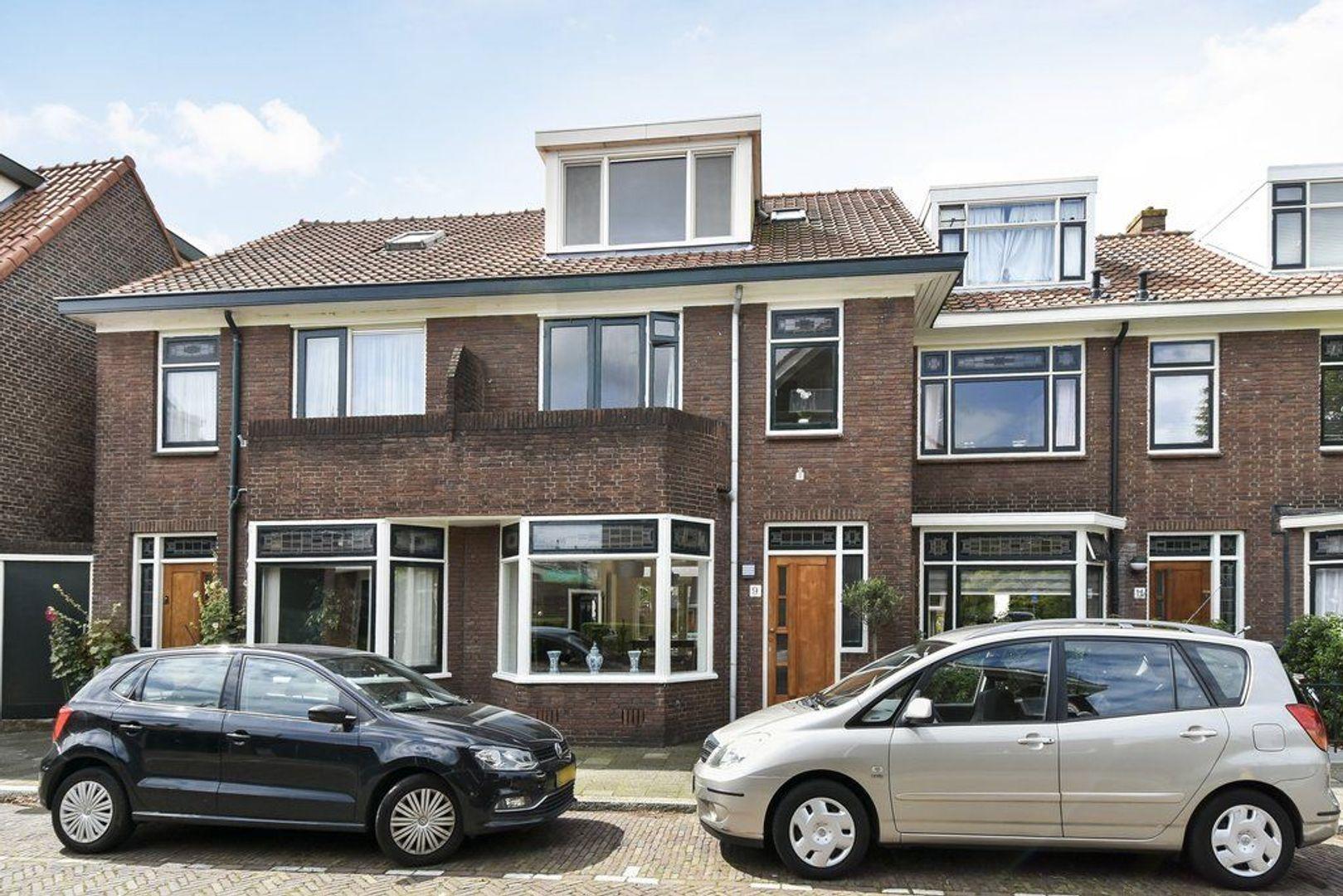 Van Hallstraat 9, Delft foto-0