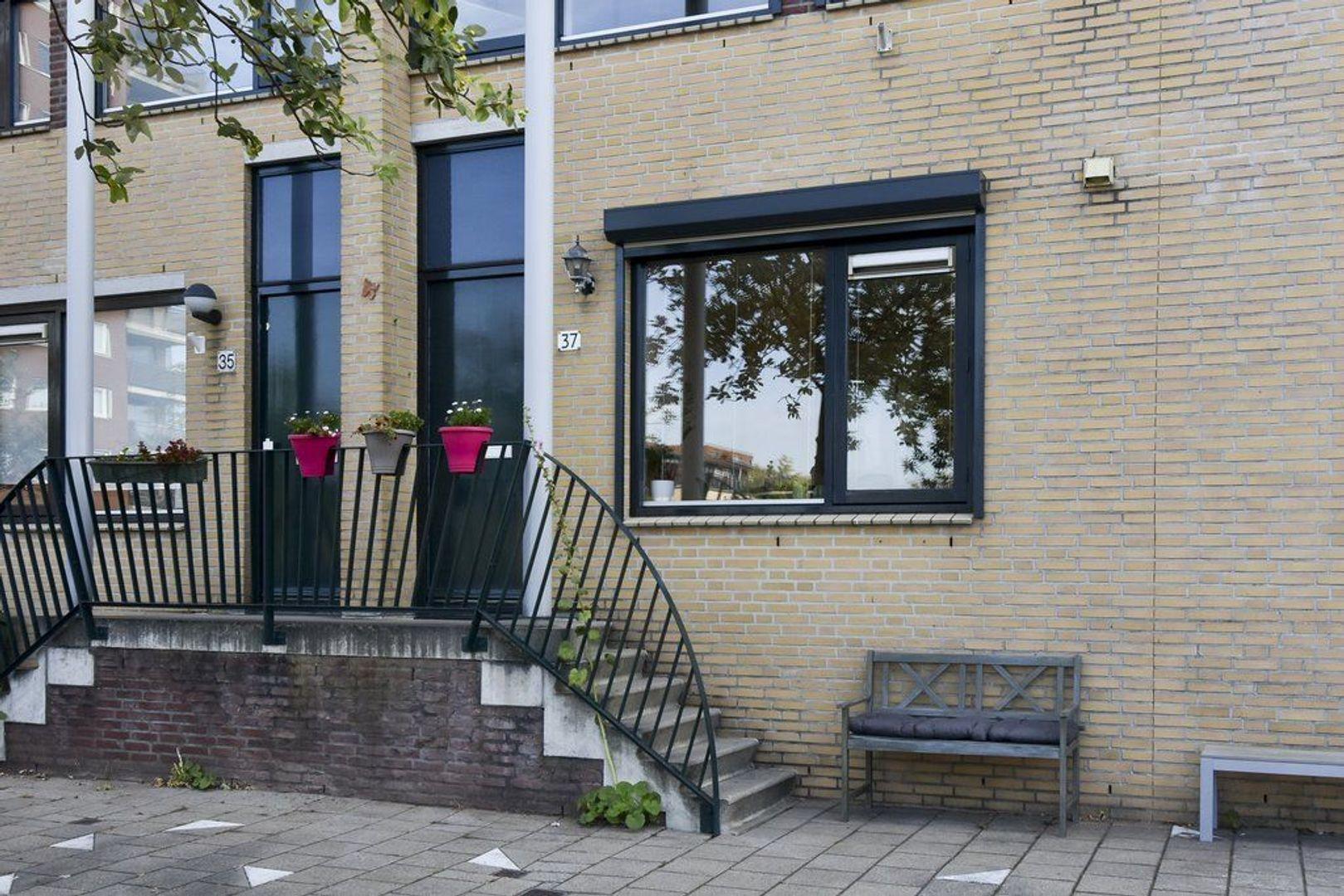 Hof van Zilverlicht 37, Delft foto-1