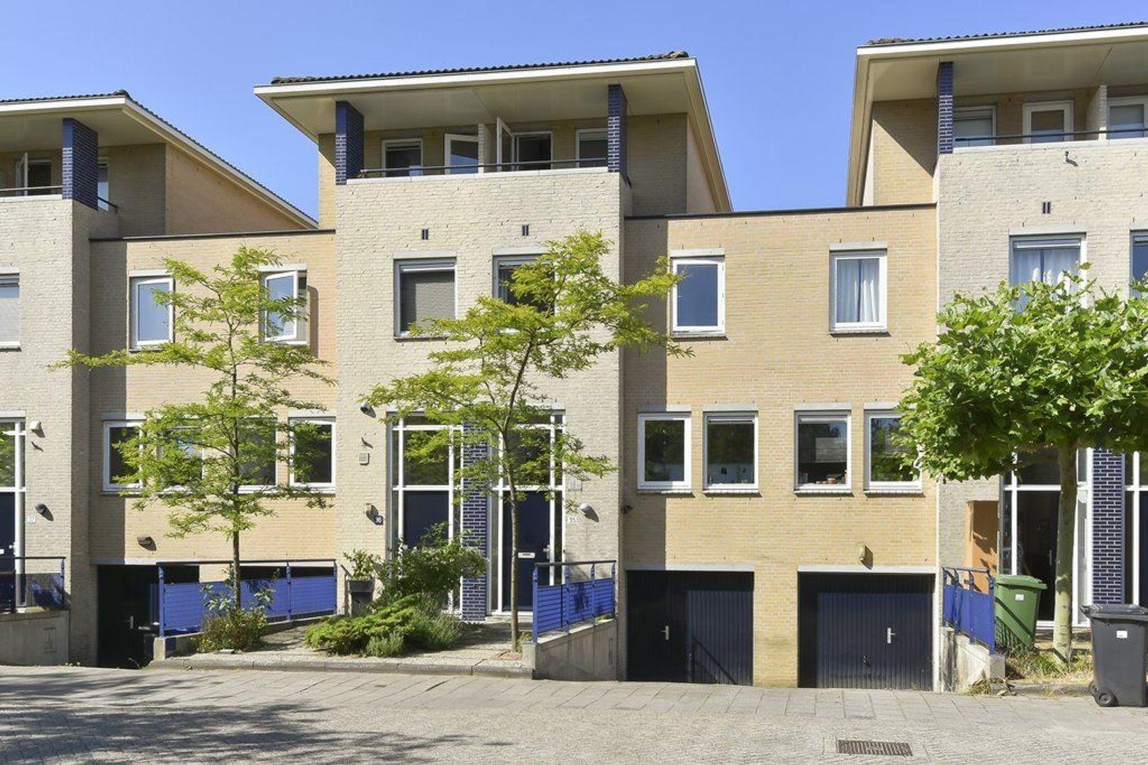 Hof van Azuur 35, Delft foto-0