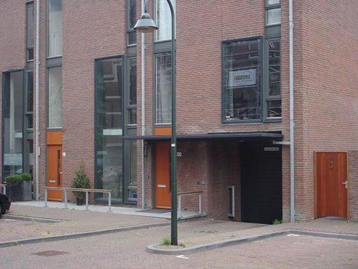 Raam (parkeerplaats 86) ong, Delft foto-2