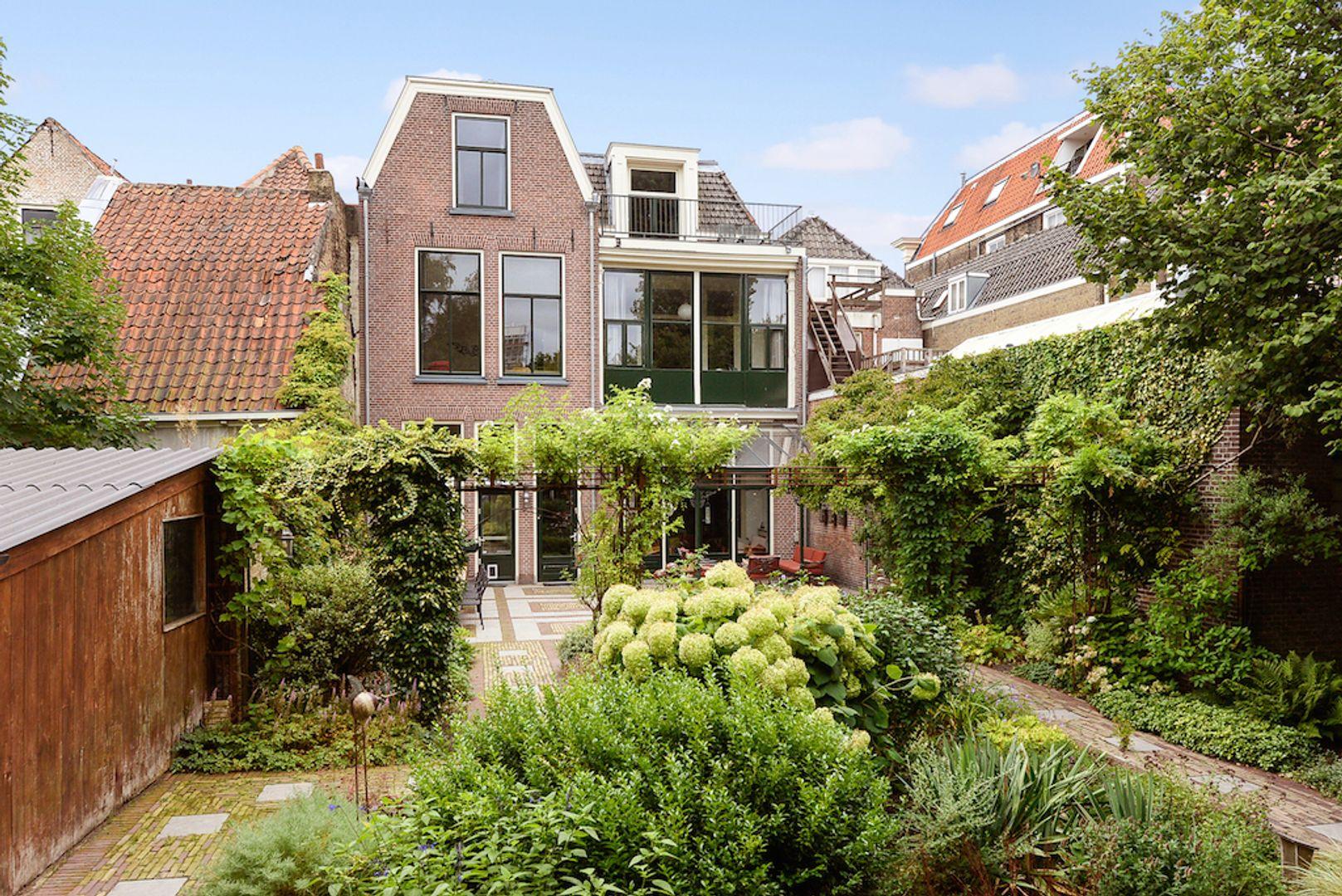 Noordeinde 20 22, Delft foto-9