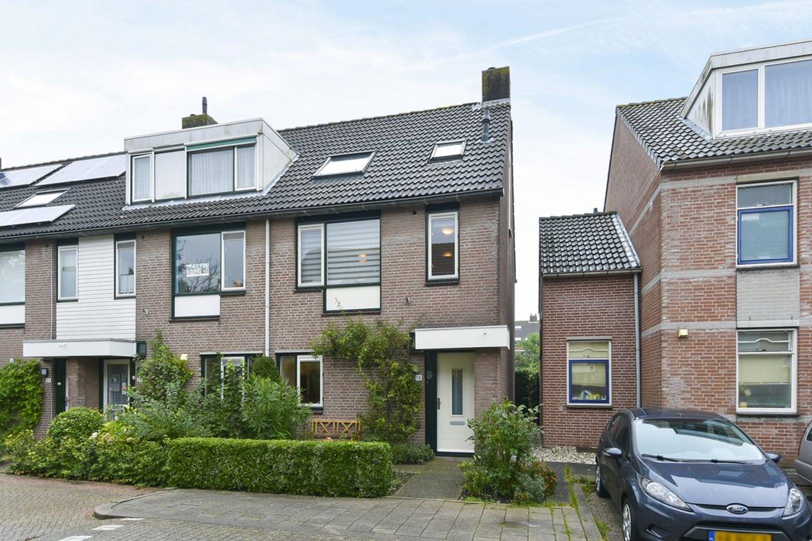 Boliviastraat 18, Delft foto-0