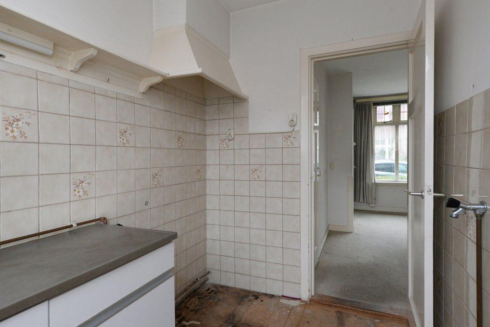 Justus van Schoonhovenstraat 12, Delft foto-12