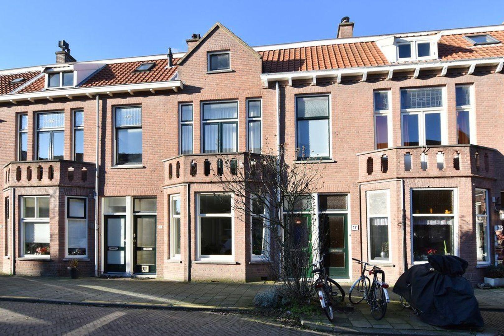 Piet Heinstraat 19, Delft foto-0