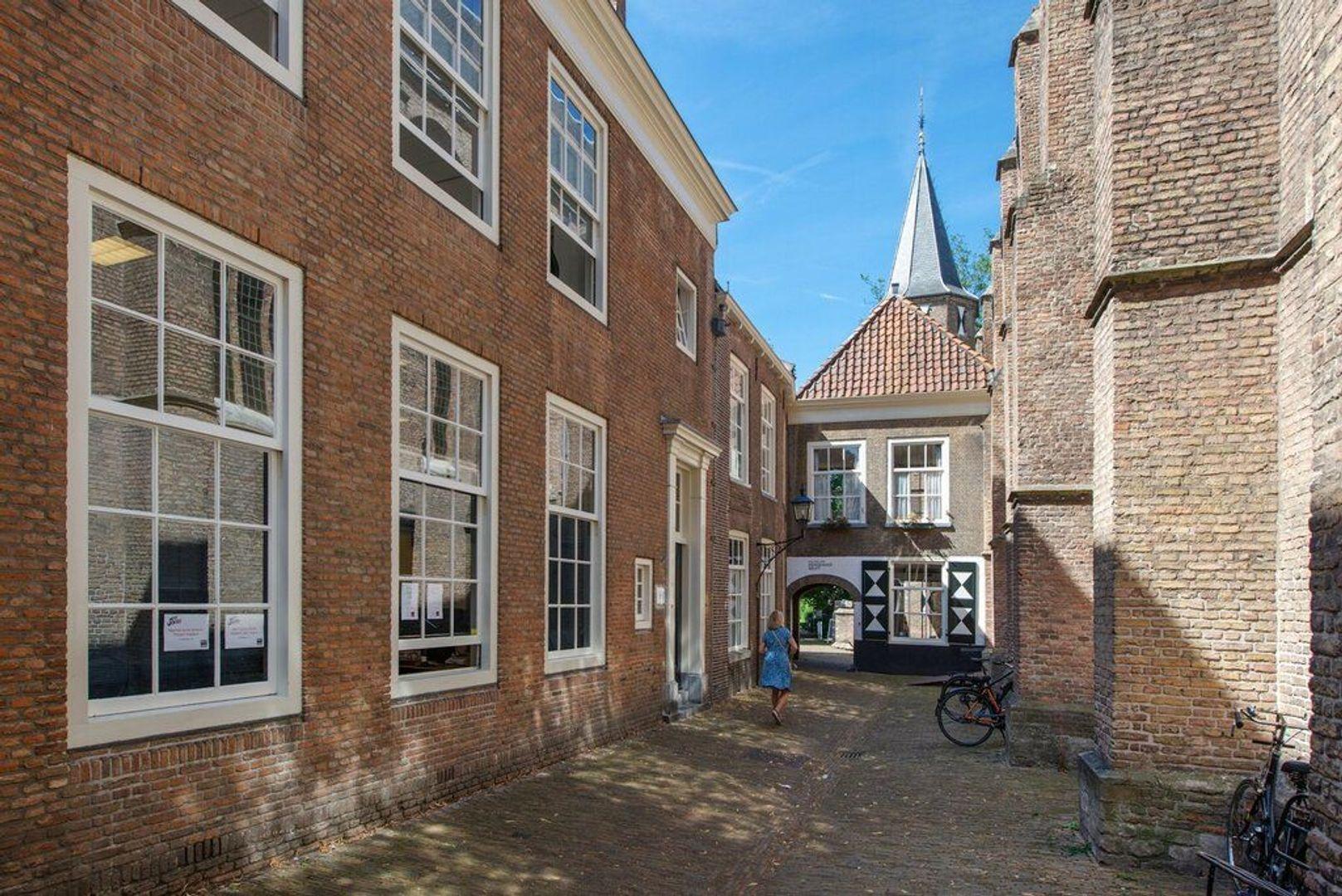 Heilige Geestkerkhof 2, Delft foto-32
