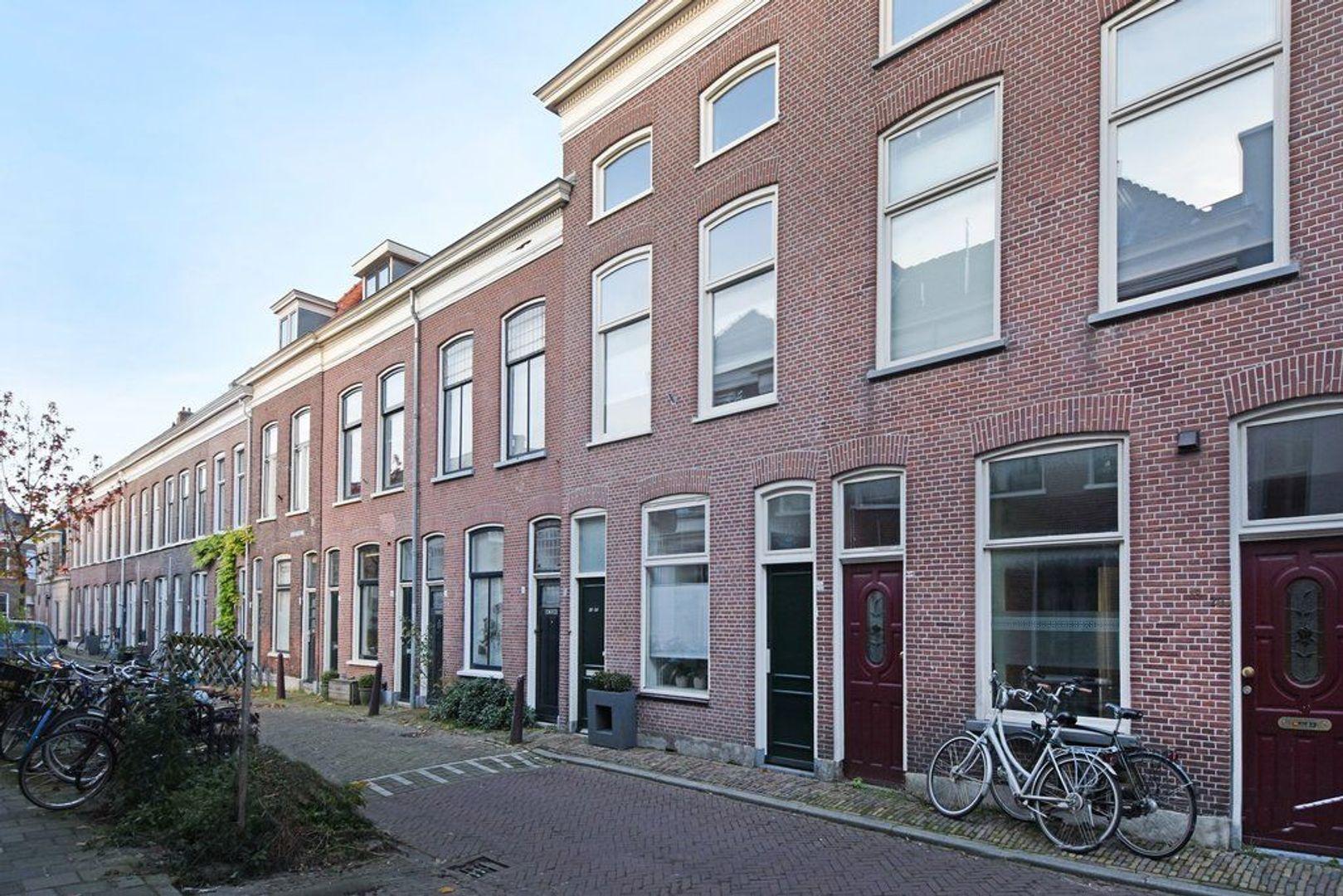 Nieuwe Schoolstraat 24, Delft foto-0