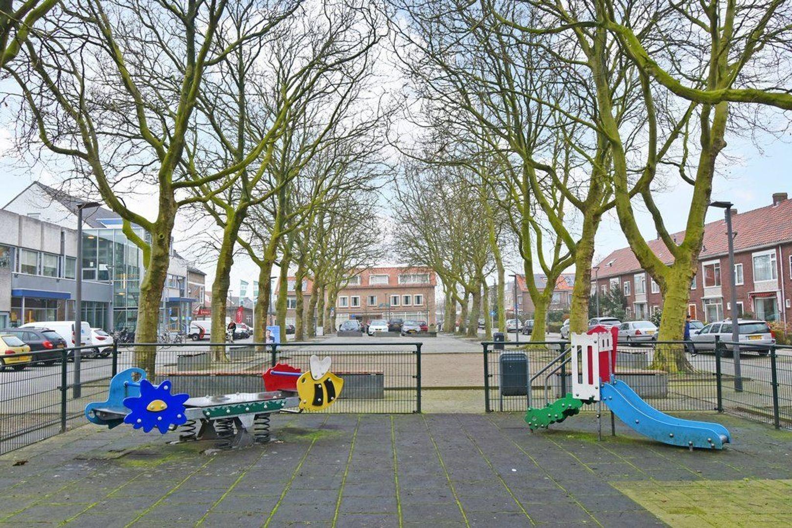 Koningin Julianaplein 6, Den Hoorn foto-31