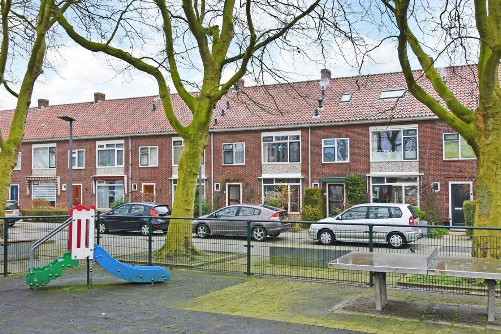 Koningin Julianaplein 6, Den Hoorn foto-33