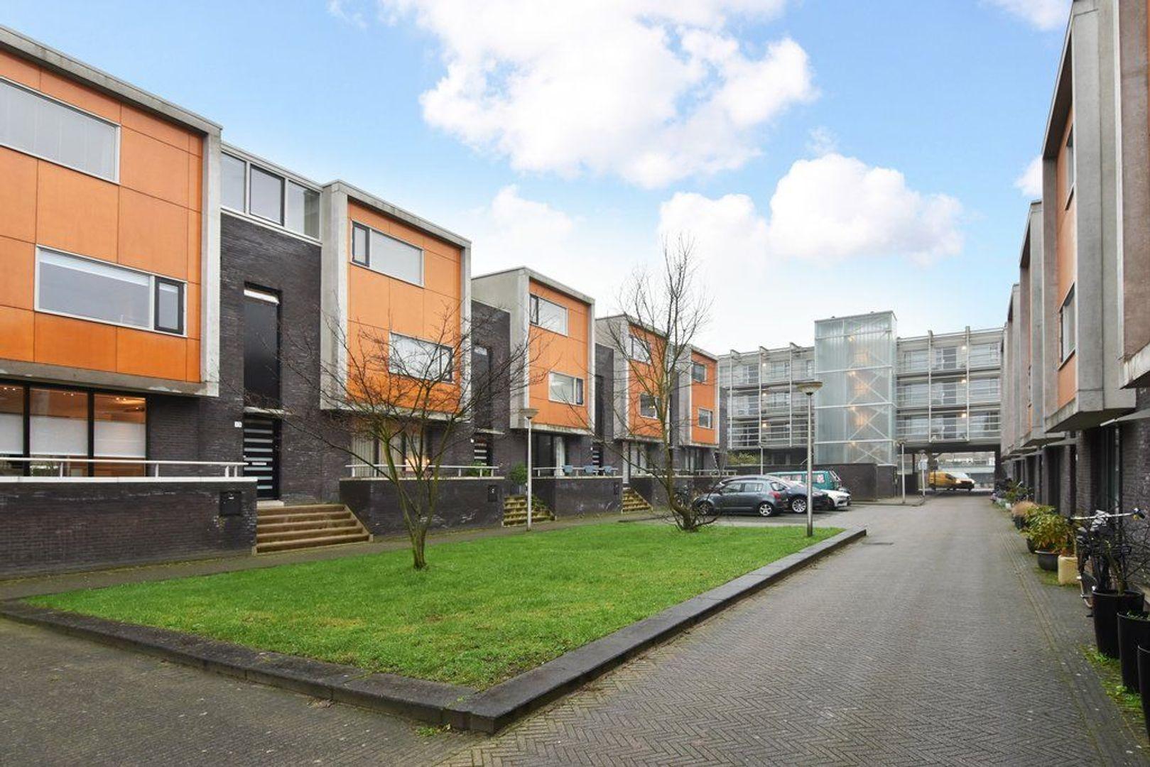 Pieter de Hooghstraat 13, Delft foto-1