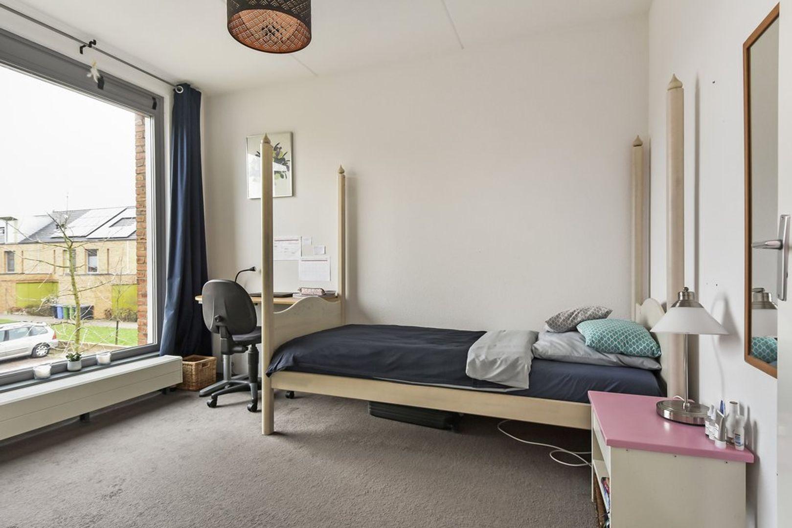 Kniekas 33, Delft foto-9