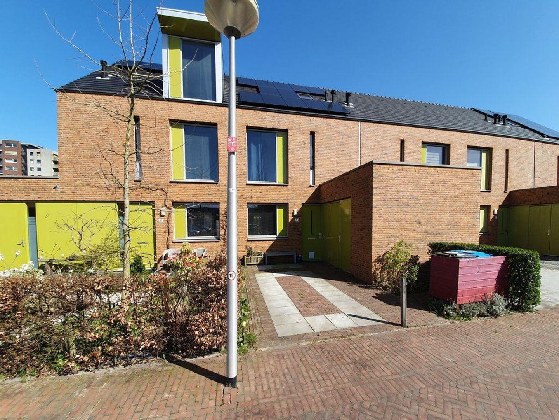 Kniekas 33, Delft foto-0