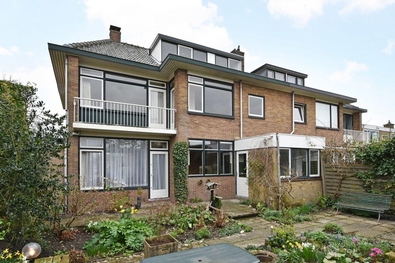 Oranjelaan 2, Den Hoorn foto-2