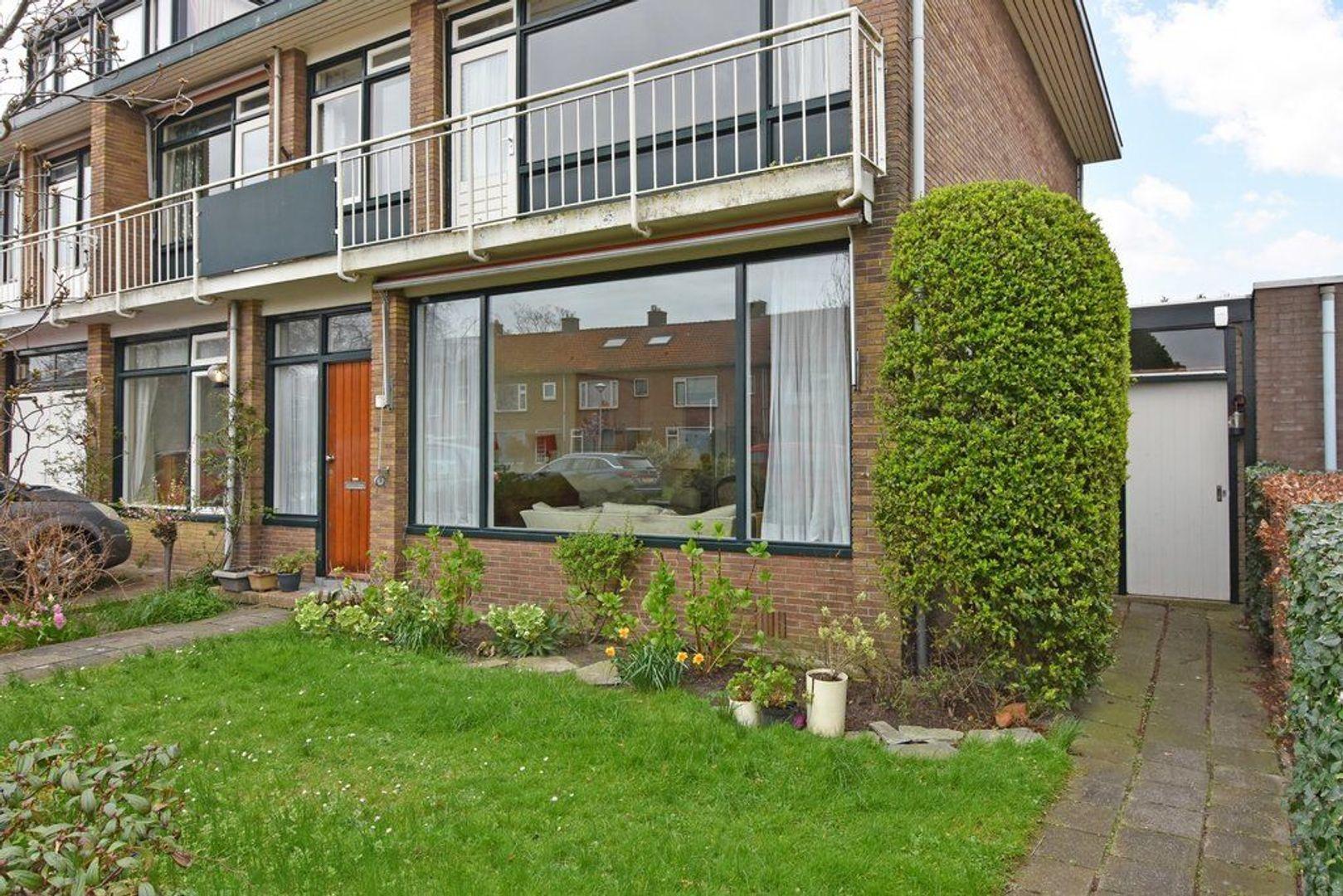 Oranjelaan 2, Den Hoorn foto-3