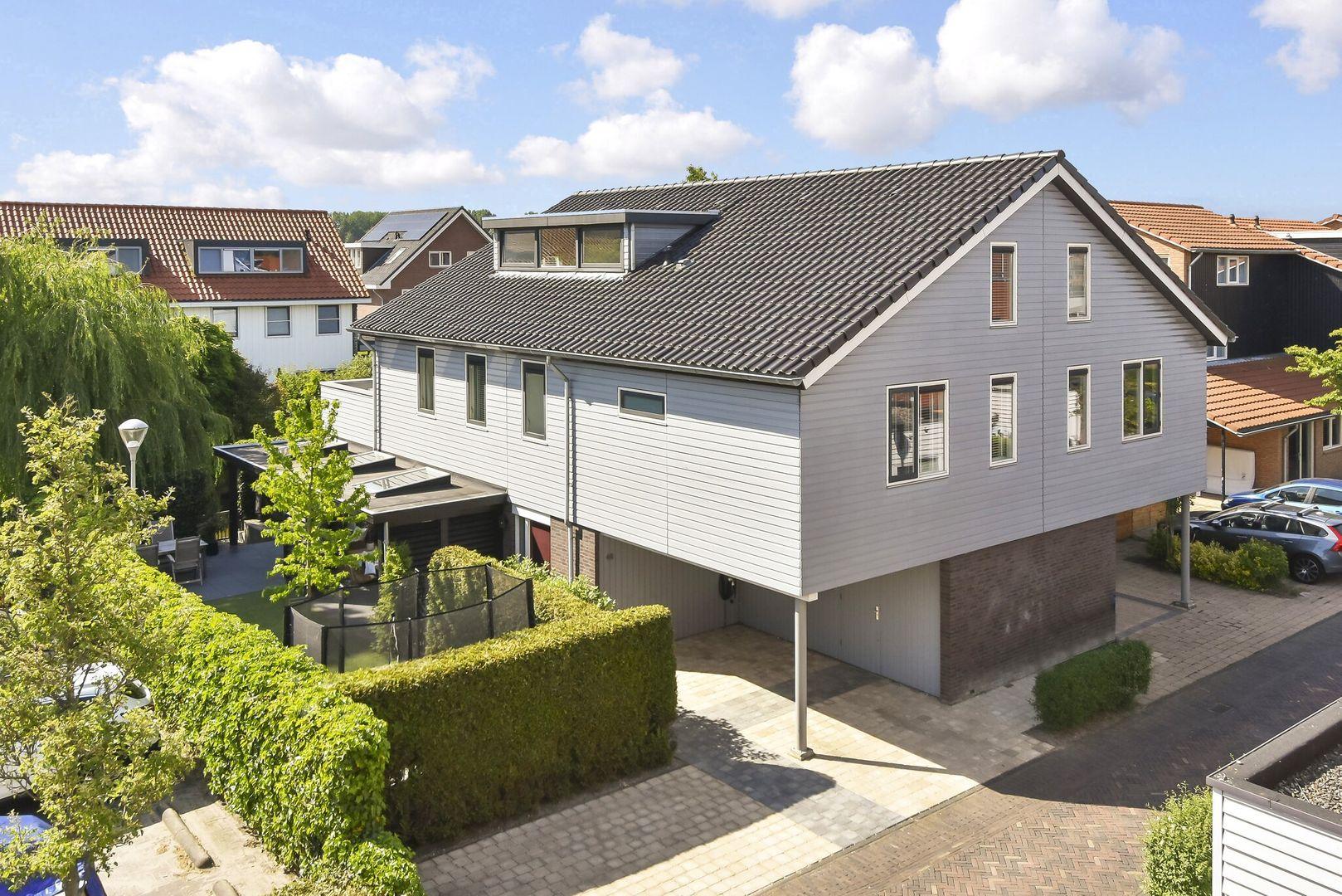 Pluimzegge 48, Den Haag foto-0