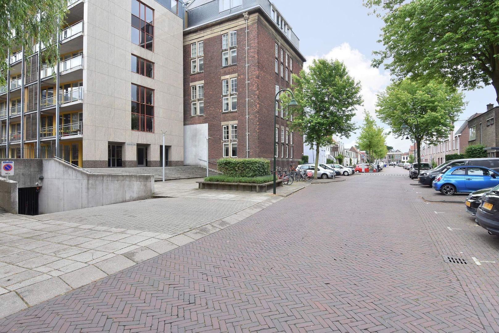 Raam 152, Delft foto-36