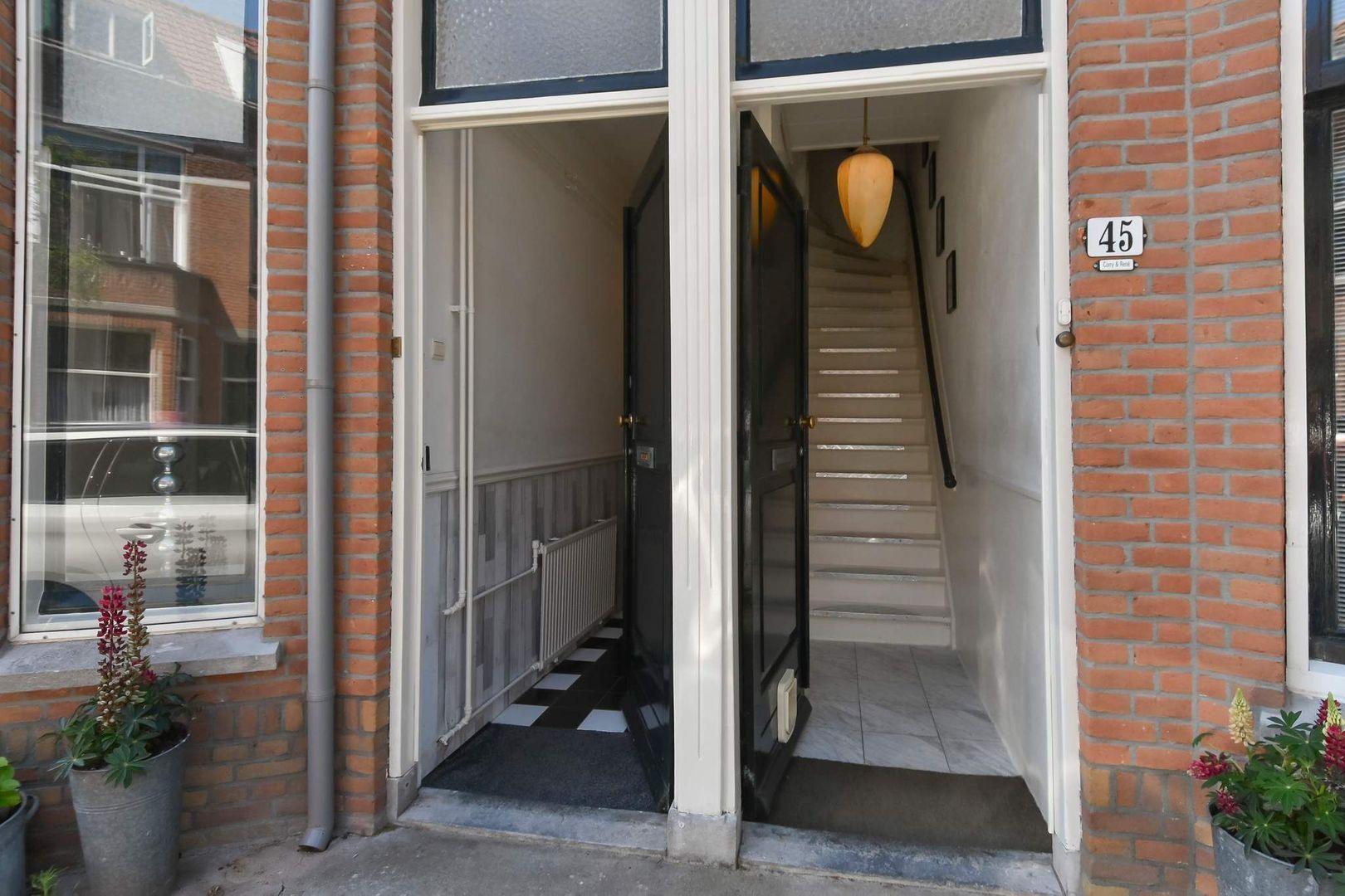 Piet Heinstraat 47, Delft foto-2