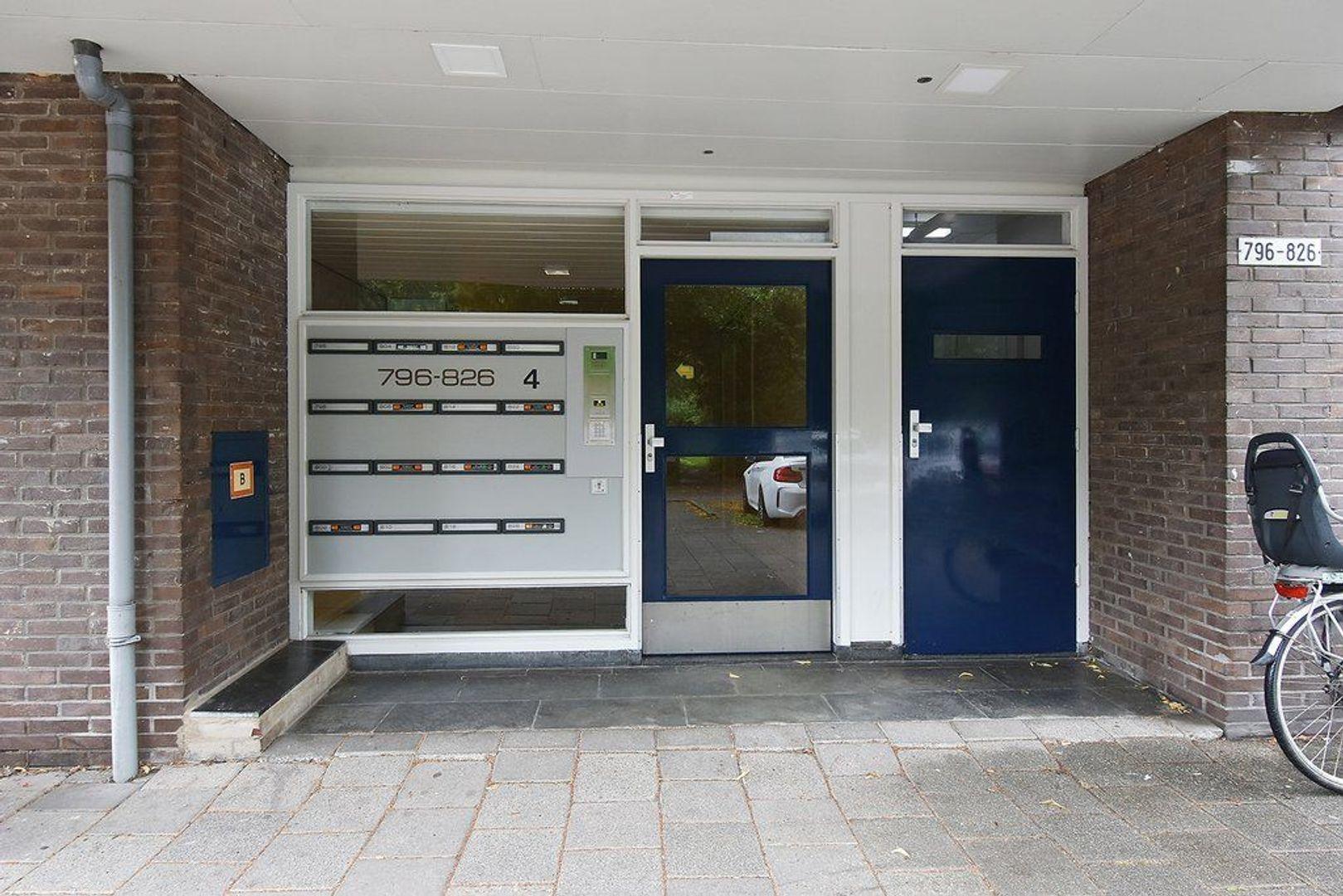 Roland Holstlaan 812, Delft foto-1