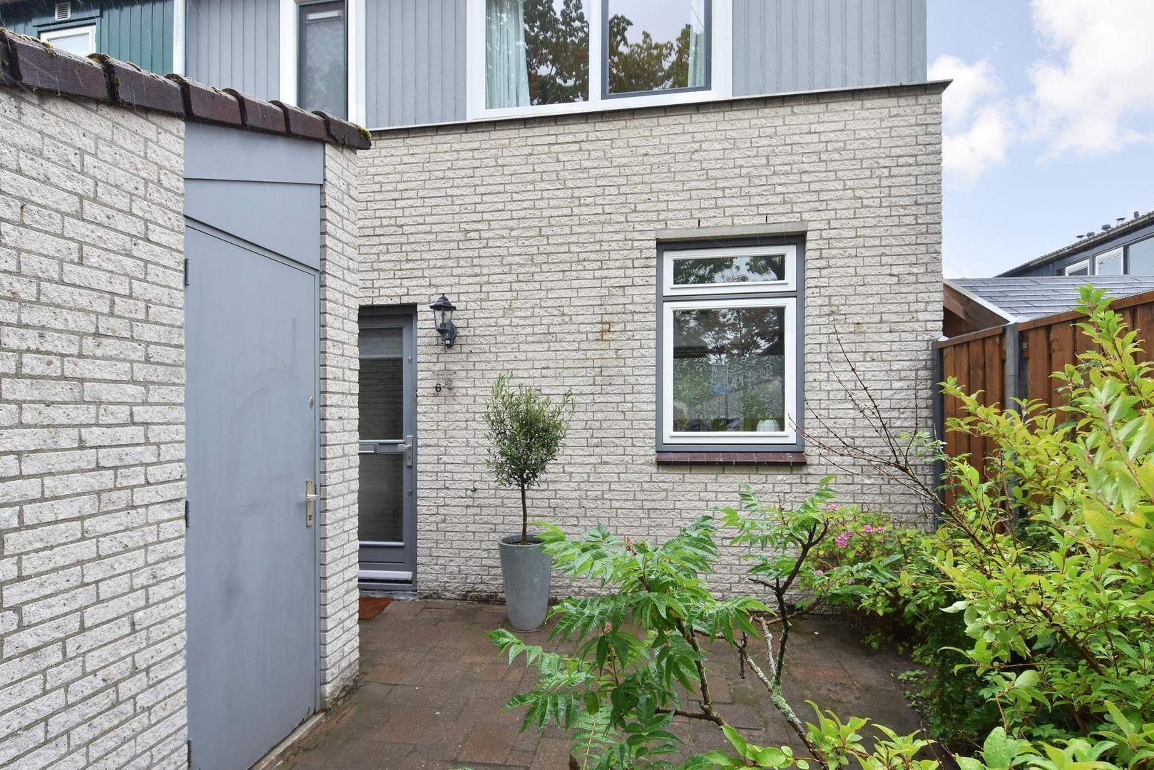 Meerkoetlaan 6, Delft foto-1