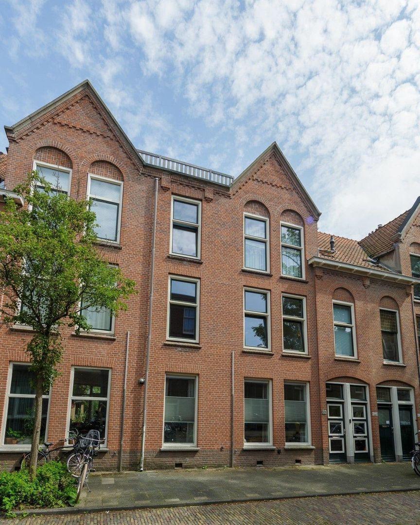 Cornelis Trompstraat 88, Delft foto-0