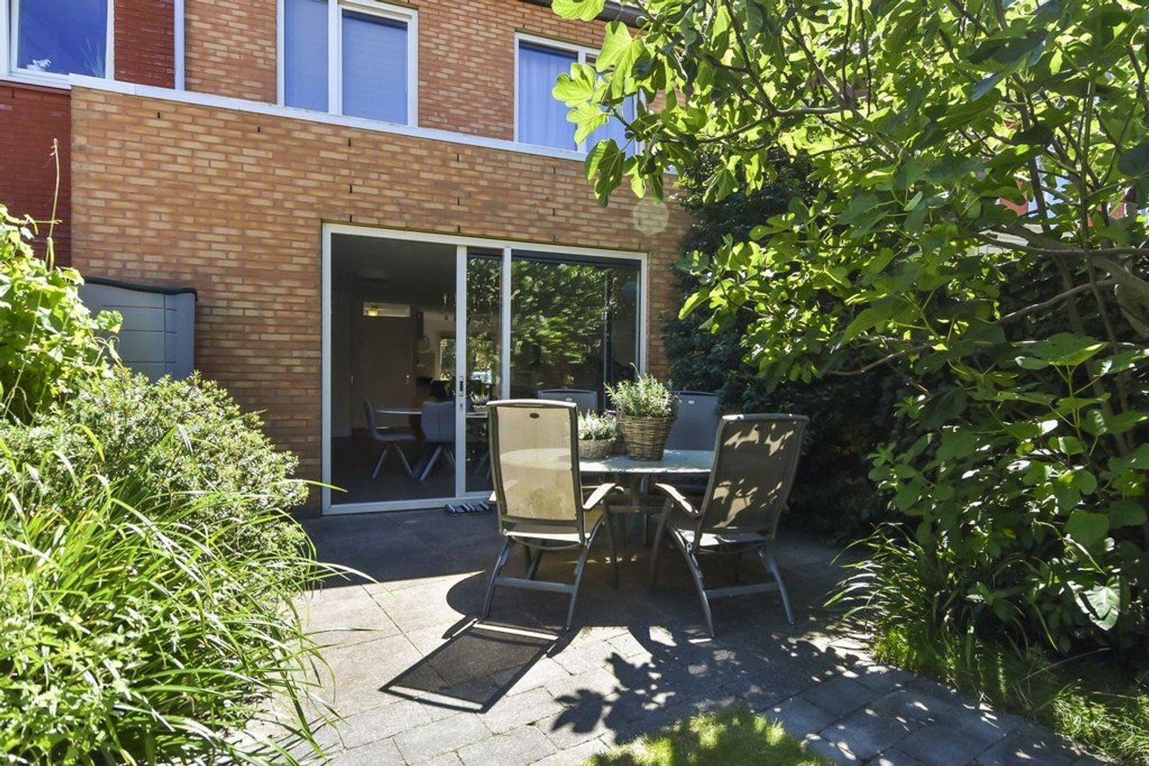 Van Veendijk 13, Den Haag foto-14