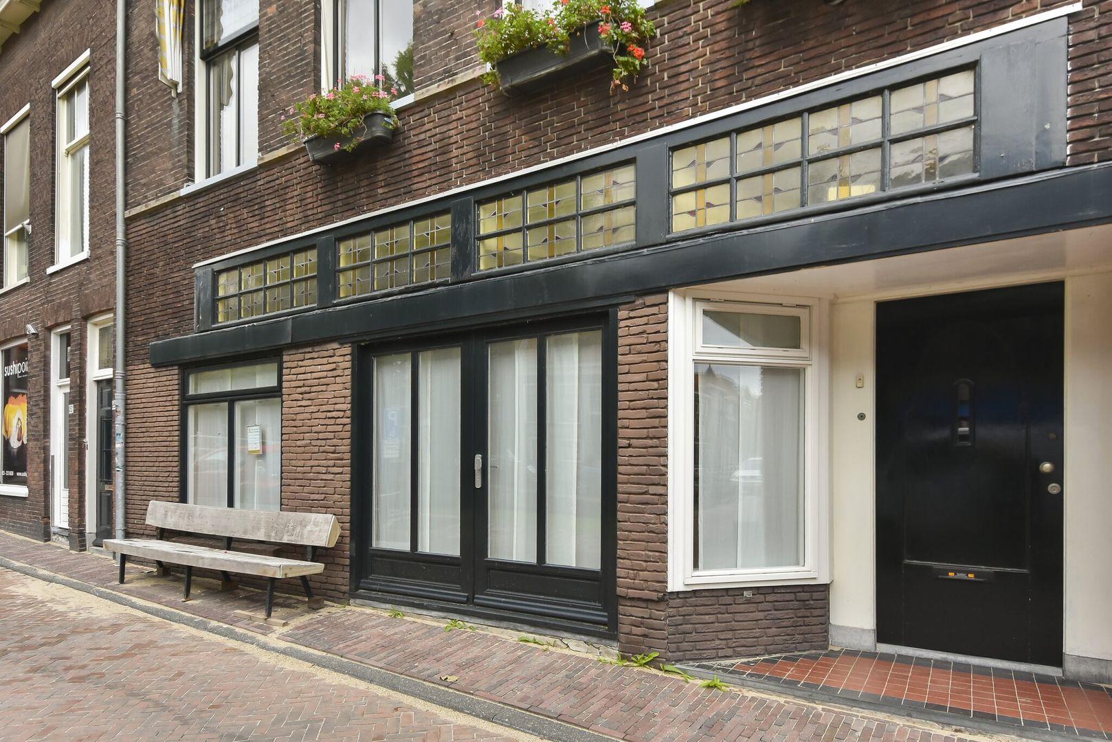 Nieuwe Langendijk 3, Delft foto-0